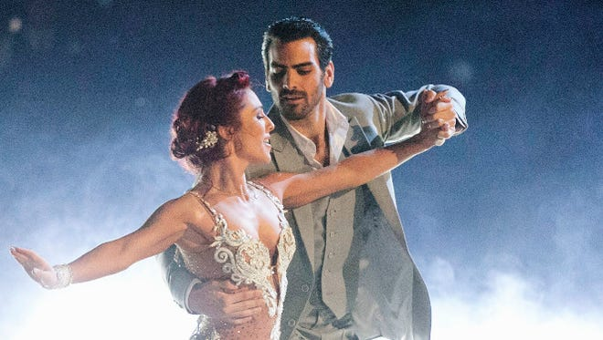 Sharna Burgess and Nyle DiMarco topped the leaderboard Monday night.
