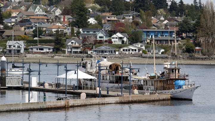 Port of Bremerton votes to bar permanent moorage on outside of Bremerton Marina breakwater