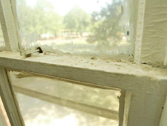lead window