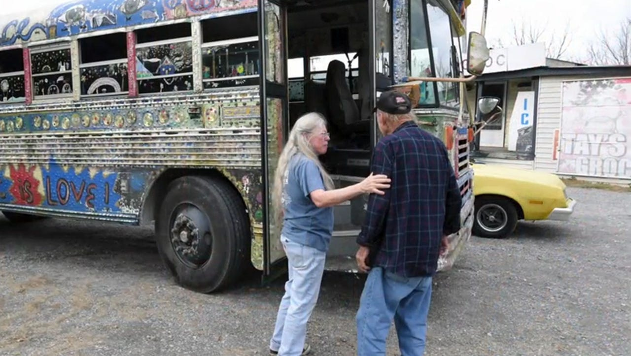 """Hippie Jack brings hope and help to """"invisible people"""""""