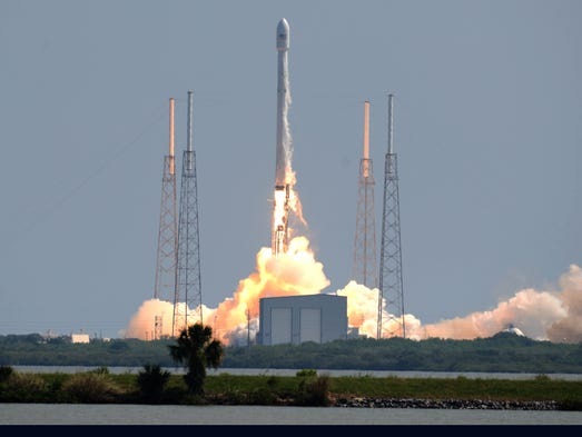 SpaceX Falcon 9 launches from Cape Canaveral; landing ...