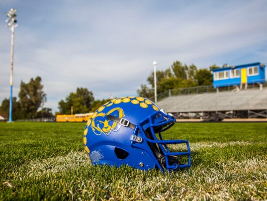 636421319271483579-CC-0927-Parowan-Football-15.jpg