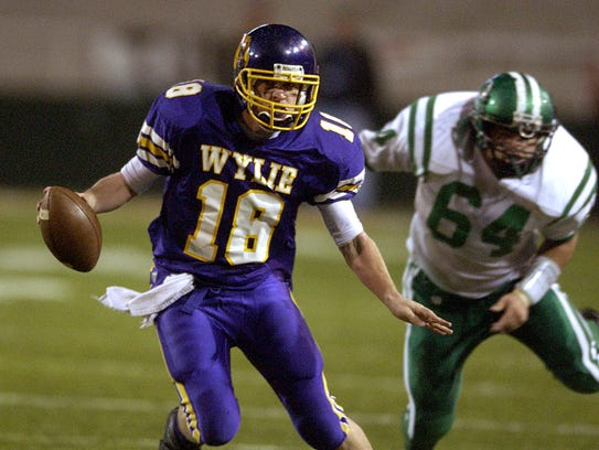 In 2004, Case Keenum helped lead the Abilene Wylie Bulldogs to a come-from-behind win over No. 1-ranked Cuero in the UIL Class 3A Division I state championship.