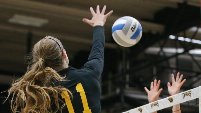 UW-Oshkosh hosted UW-Stevens Point in a volleyball match Wednesday night, September 24, 2014 at Kolf Sports Center.