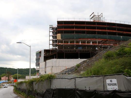 Construction at the new patient pavilion at Vassar