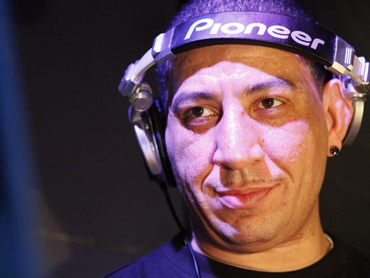 MMX.BOGARTS16. LOCAL. FEBRUARY 16, 2012. DJ Kid Capri
