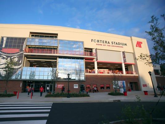 635959701875234561-Stadium-Front-render.jpg