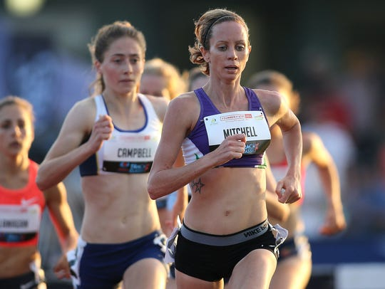 Victoria Mitchell leads the field in the womens 3000