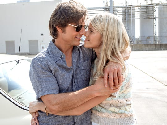 Barry (Tom Cruise) tries and fails to keep wife Lucy