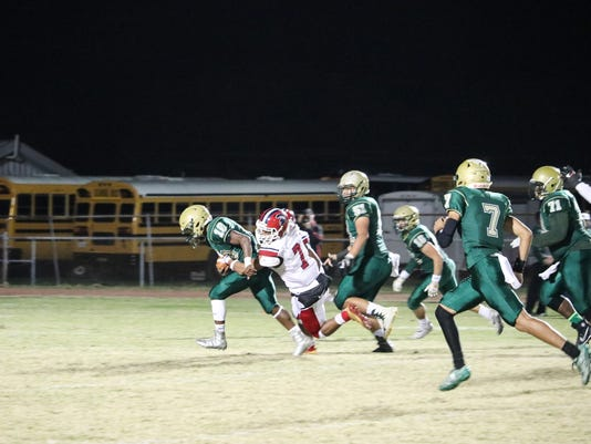 636459612282697077-Acadiana-vs-Comeaux-HSl-201171110-13.jpg