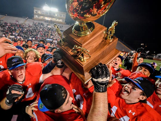 2017: Brentwood Academy receives their trophy after