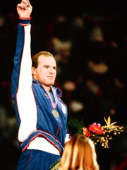 Lou Banach accepting his gold medal during the 1984