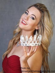Miss Wheelchair USA Madeline Delp to lead Asheville Holiday Parade
