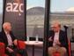 Senador John McCain es entrevistado por el editor de