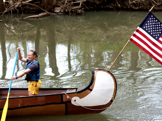 Carolyn Waters leads a canoe trip down Beargrass Creek on Earth Day. April 22, 2014