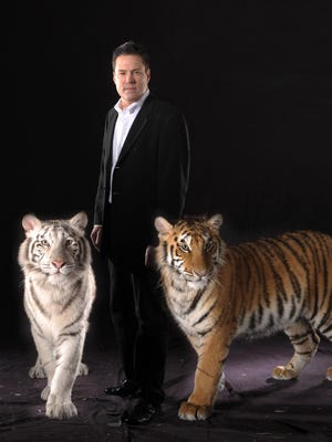 Jay Owenhouse and his two Bengal tigers will appear at the Elsinore Theatre on Friday.