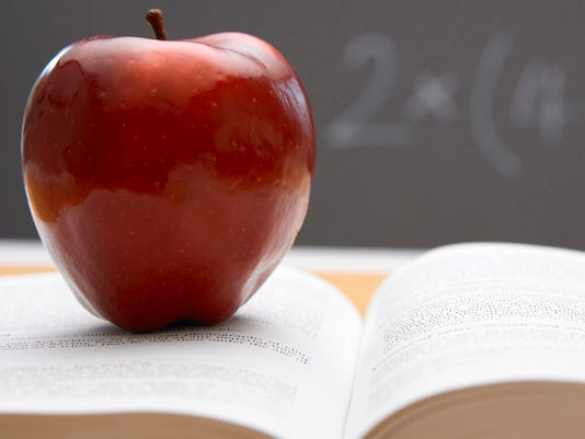SCHOOL book apple.jpg
