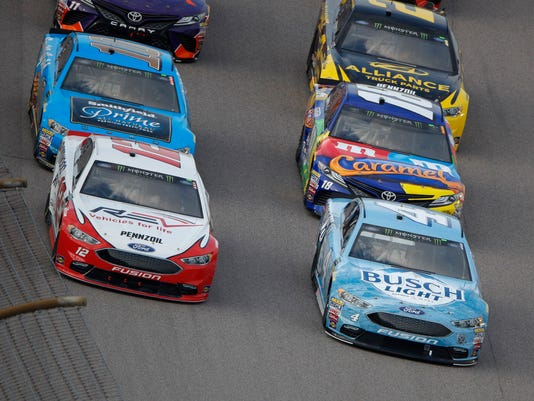 NASCAR_Kansas_Auto_Racing_93130.jpg