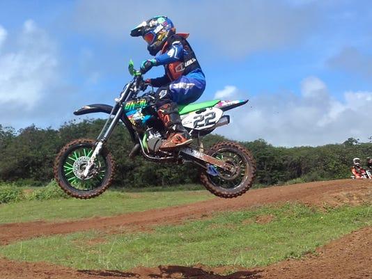636624632061063279-65cc-Kids-Minibike-racer-22-Wyett-Santos.jpg