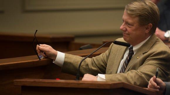 Dick Brewbaker, R-Elmore County, speaks during the