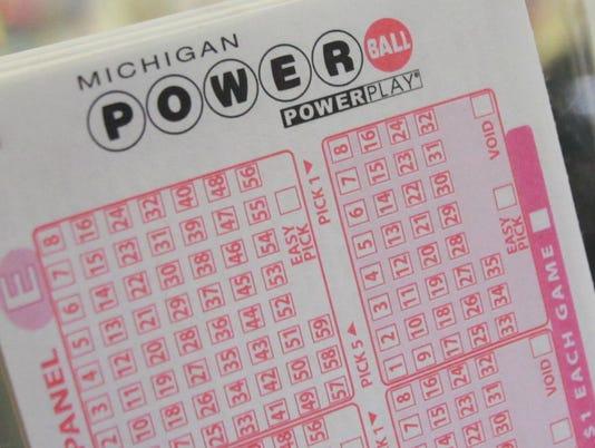 635876694894919987-lotteryfever-061212-kpm-60.jpg