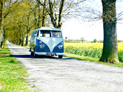 MoJo Camper – Ecton, England: This retro camper offers