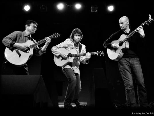 636057377894858162-California-Guitar-Trio-BW.jpg