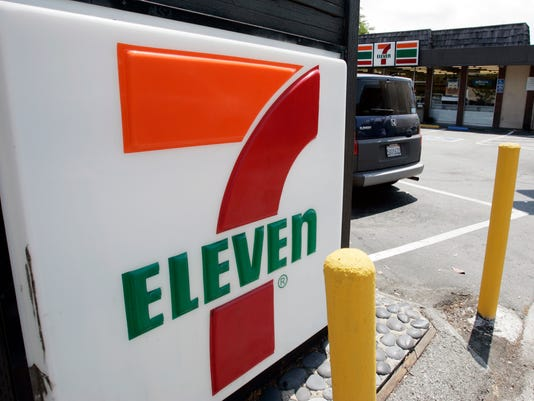 #filephoto 711 7 Eleven Stock Photo