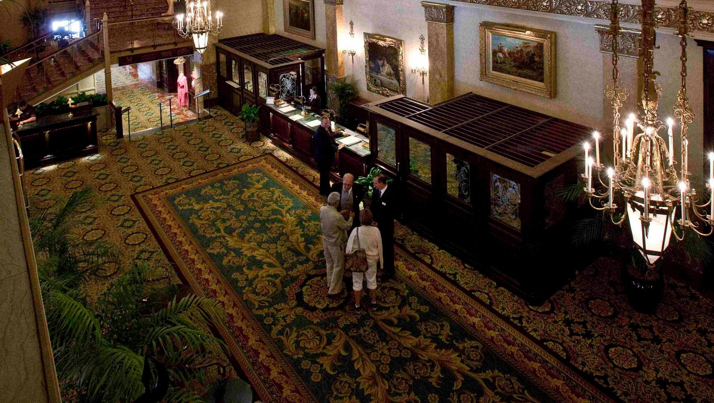 636517021049361430-ap-milwaukee-haunted-hotel