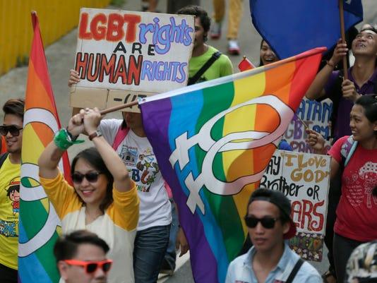 635711925971098375-AP-Philippines-Gay-Pride-XBM