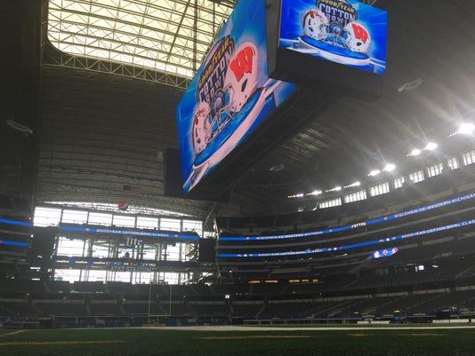 636188630277439280-Stadium.JPG