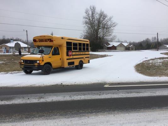 636505119565242902-snow-bus.JPG