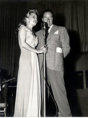 Frances Langford performs a duet with Bob Hope.