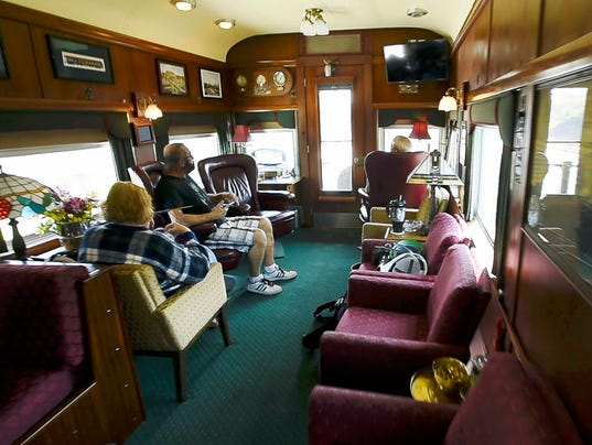 private train cars a look inside these ritzy digs. Black Bedroom Furniture Sets. Home Design Ideas