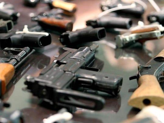 Guns PNG jpg