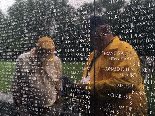 052617vietnam-memorial.jpg