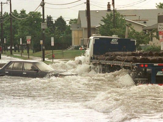 636670124289758267-062618-SHE-File-Sheboygan-Flood-of-1998-gck-05.JPG