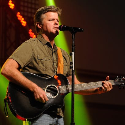 Lonestar vocalist Richie McDonald will join fellow country singers Larry Stewart of Restless Heart, Billy Dean and Suzy Bogguss for a concert April 4 at the Weidner Center.
