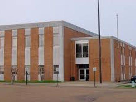635591669749175987-grenada-co-courthouse