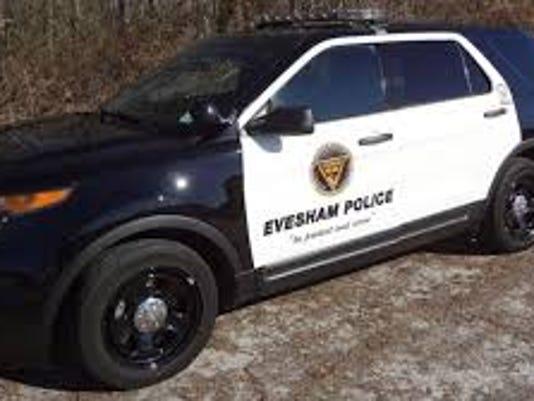 635767932926649438-evesham-police-vehicle
