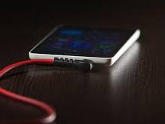 0528-HG-cell-phones.jpg