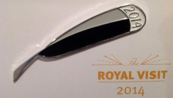 The white-tipped tail feather of the huia bird is the chosen symbol of the 2014 royal Cambridge tour of New Zealand.