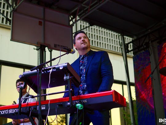 Daniel Ellsworth and the Great Lakes perform Friday