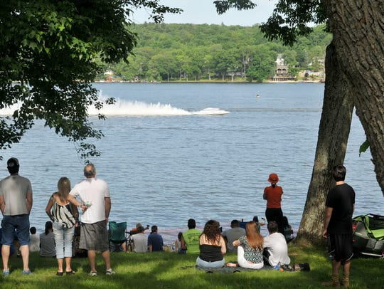 Powerboat races hit Greenwood Lake in West Milford in June 2014. They return Father's Day weekend 2018.