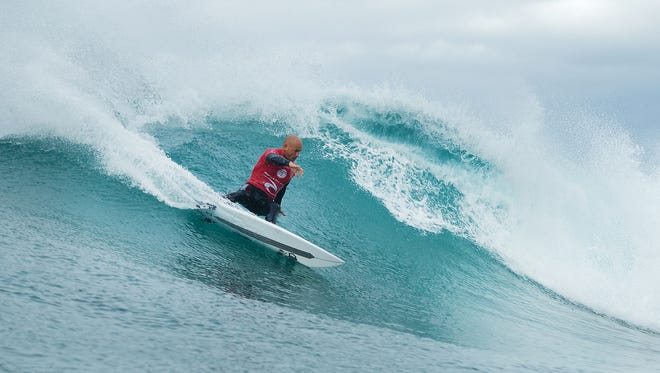 Kelly Slater of Cocoa Beach winning his Round 3 heat against Keanu Asing (HAW) at the Rip Curl Pro Bells Beach in Australia.