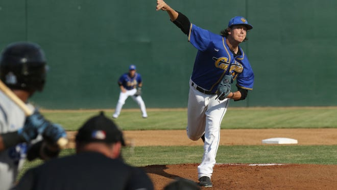 Canaries starting pitcher Shawn Blackwell delivers a pitch during the first inning of Saturday's game against the St Paul Saints at the Bird Cage.