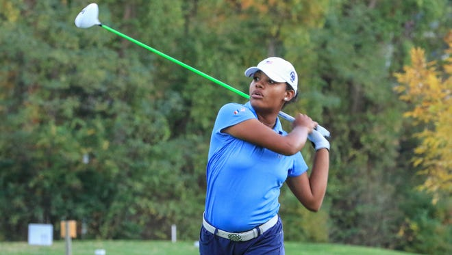 Kyra Cox and the MGA/WMGA are trailing the Ligue de Paris 6 1/2 to 3 1/2 heading into the final day of the French American Challenge.