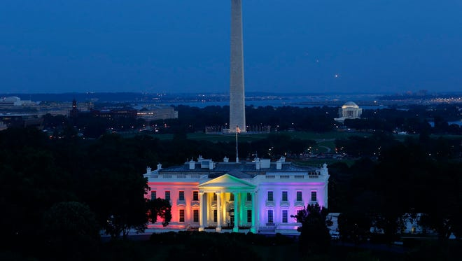 Was the White House lit in rainbow colors on Thursday night, Jan. 19, President Barack Obama's last night in office?.