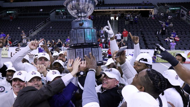 The Arizona Rattlers hoisted the United Bowl trophy at the Premier Center in 2017 after a 50-41 win over the Storm.