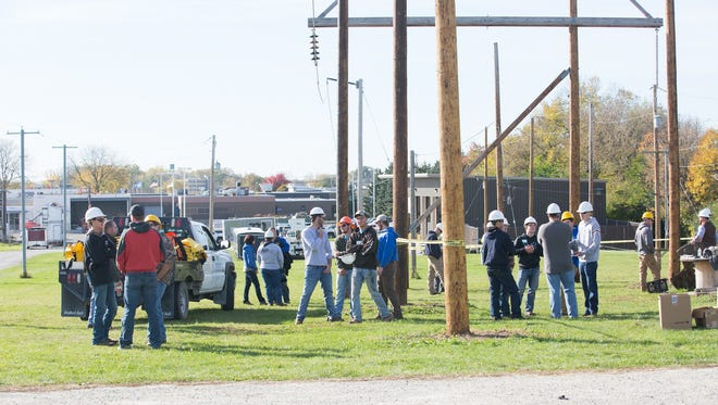 """Area students were given a chance to get """"hands on"""" with technical college students and instructors in an energy career preview day at the College's Beaver Dam campus. The event also was punctuated with a special """"Careers in Energy Kickoff"""" ceremony on Oct. 19."""